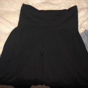 Black Lululemon harem style yoga pants